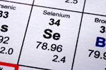The mineral selenium is one of the biggest nutrients to swirl around the cancer-fighting category. Of all the health news to come out of cancer and vitamins or minerals, this one reigns either supreme or near supreme. But not all studies say the same thing. Some say it does help defend against cancer, others say no. Well, we have a new study that has waded into the discussion on selenium. And it says that, basically, it depends on what type of selenium you're taking.