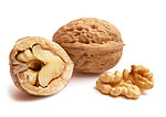 walnuts to naturally reduce blood pressure