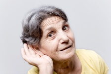 Hearing loss may correlate with the faster loss of mental dexterity