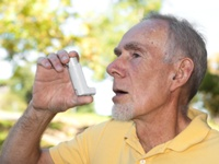 Study shows that inhalers, while effective for asthma symptoms, come at a cost