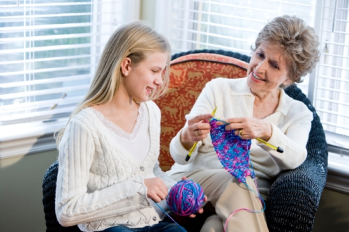 Learning to Knit Can Improve Your Memory