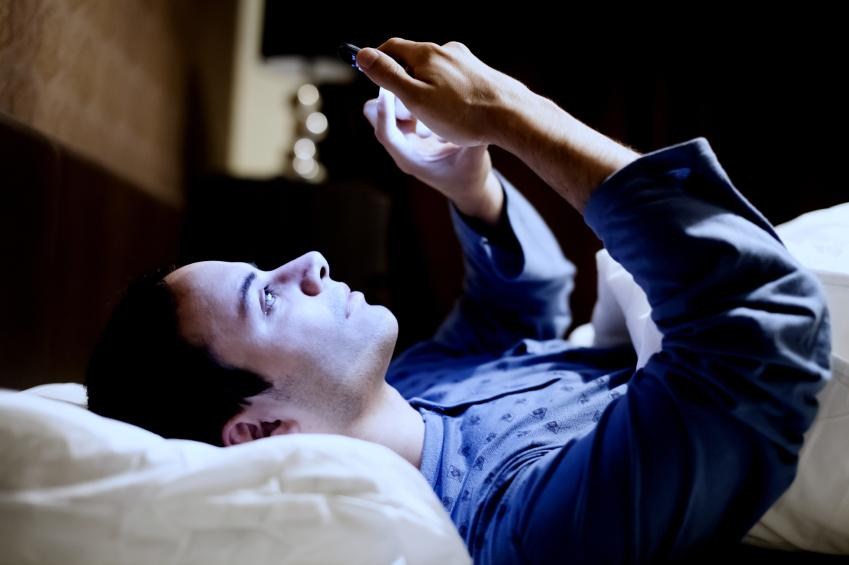 lack of sleep due to smartphones