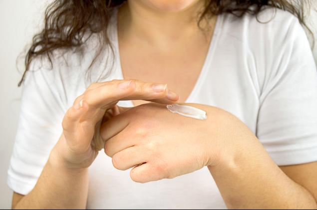 Shingles skin sensitivity treatment
