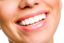 Don't let teeth-whitening products destroy your teeth