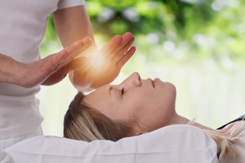 a history of alternative medicine and its features The terms complementary and alternative medicine are sometimes used interchangeably with the term traditional medicine they refer to the healthcare practices that are not part of a.